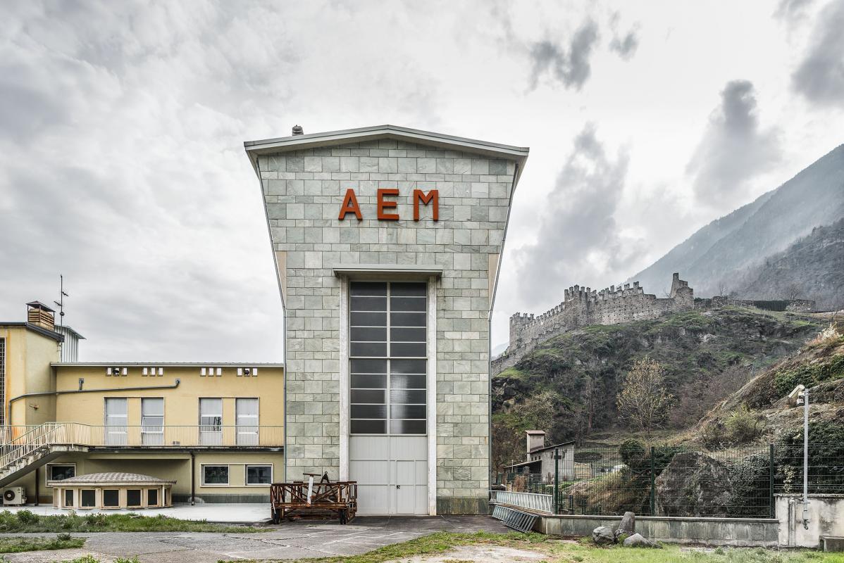 Ufficio Stampa Architettura Milano : Le cattedrali dell energia architettura industria e paesaggio