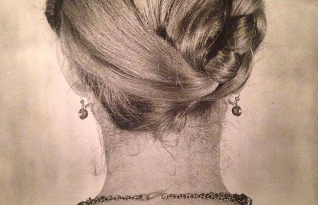Maria Mulas ritratta di schiena, 1980