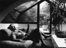 Gae Aulenti, anni 80, © Maria Mulas - Irma Bianchi Comunicazione