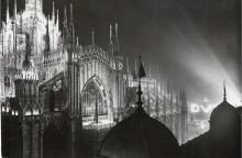 Illuminazione speciale del Duomo di Milano. Studio Flecchia, 1932, Irma Bianchi Comunicazione