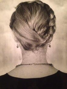Maria Mulas ritratta di schiena, 1980, Irma Bianchi Comunicazione