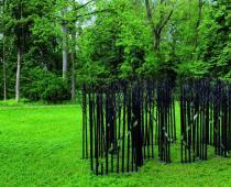 Maria Cristina Carlini, Labirinto, 2010, Ferro, cm 400x900x43