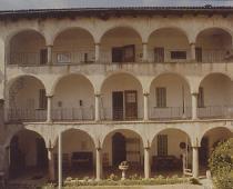 Settecentesca casa-museo, Antonio Calderara, anni '70 sede della collezione Calderara