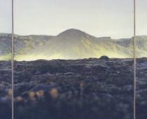 Elisa Sighicelli, Porsmork, 2000, foto parzialmente retroilluminata montata su lightbox, cm 335x120x8